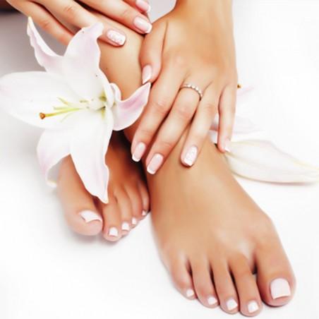Sublimez vos mains et pieds avec cette pose vernis semi...