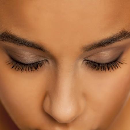 Profitez d'une pose d'extension de cils • MAGUY'L Beauté