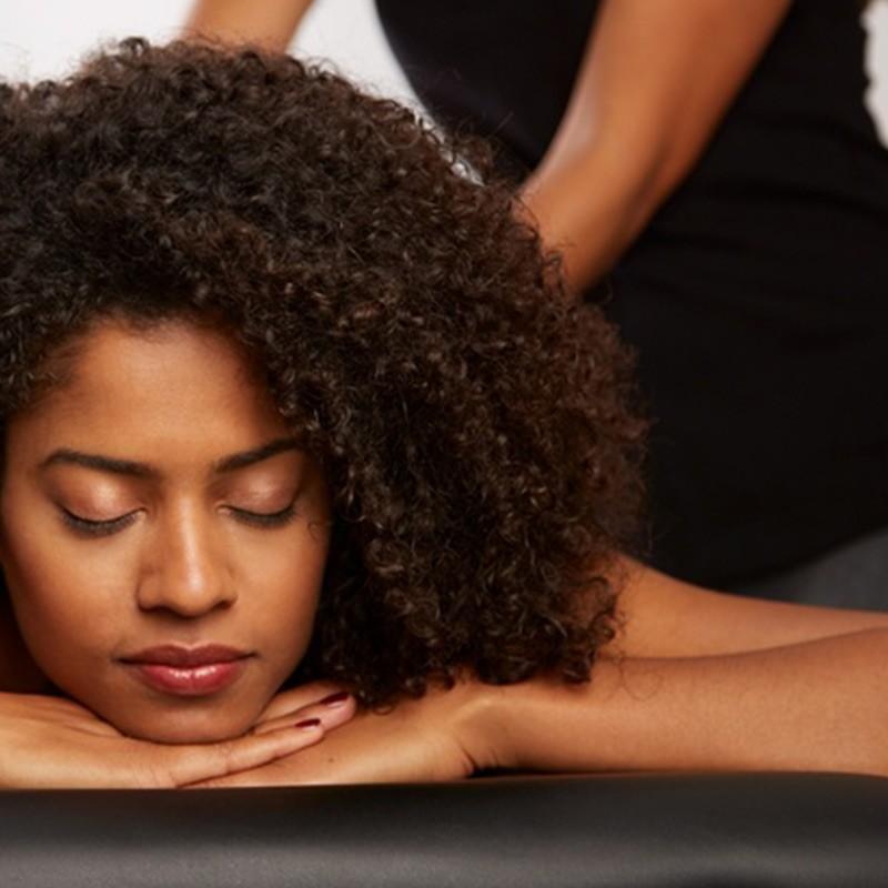 Massage au choix pour un lâcher prise total • l'Institut Soi Même Thaï