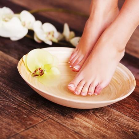 Prenez soin de vos pieds avec cette mise en beauté et...