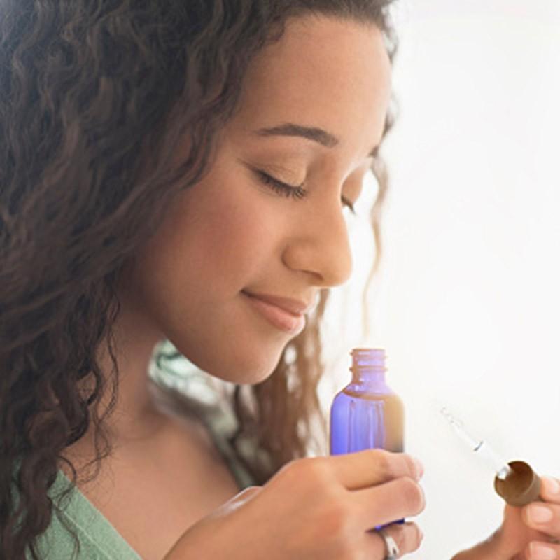 Améliorez votre bien-être grâce aux plantes en découvrant l'aromathérapie • TrendiMi