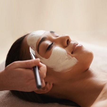 Faites peau neuve avec ce soin du visage complet •...