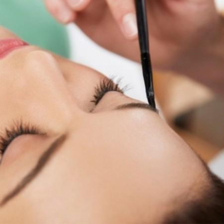 Découvrez le maquillage permanent : sourcils, eye liner...
