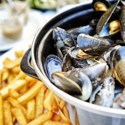 Votre menu gourmand moules et cocktail • Restaurant Bliss Beach Bar
