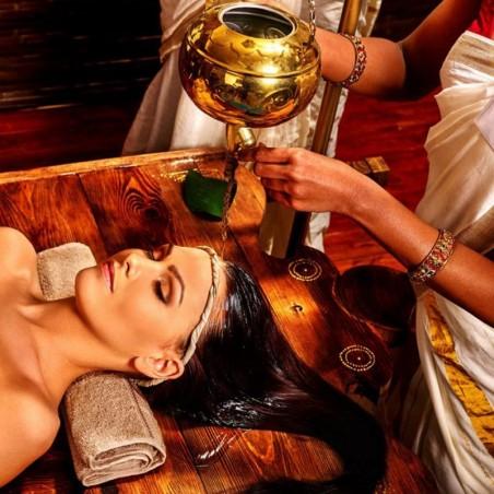 Découvrez le massage Shirodhara pour une décompression...