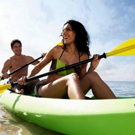 Explorez la côte et les bords de mer en kayak ou en...