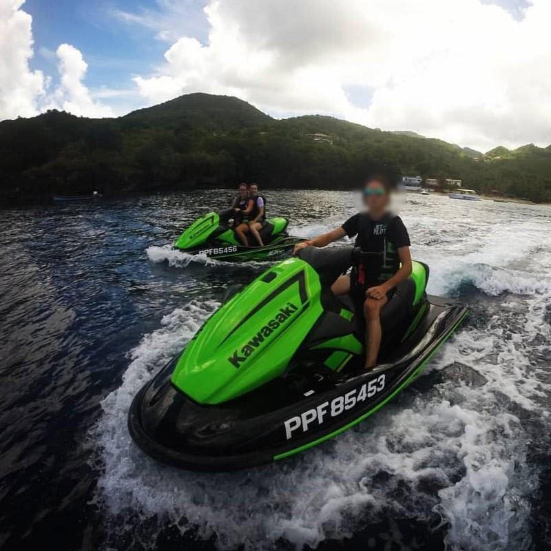 Vacances : Rando découverte en jet ski • Jet Adventure